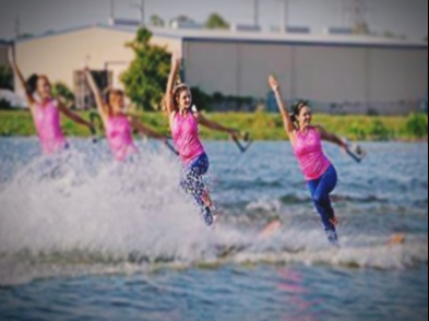 Picture of Ski team water skiing