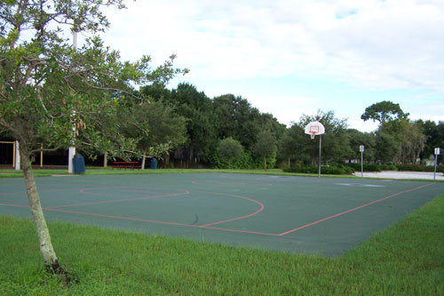 Bicentennial Park Basketball Court